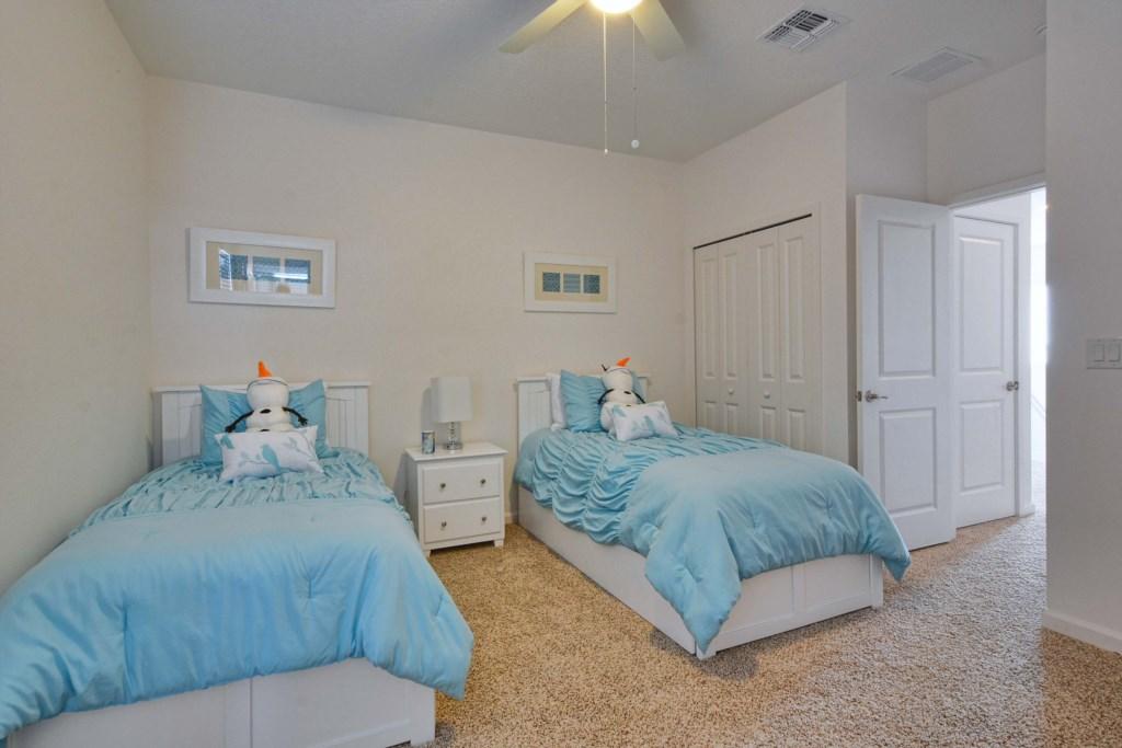 32-Bedroom 42.jpg