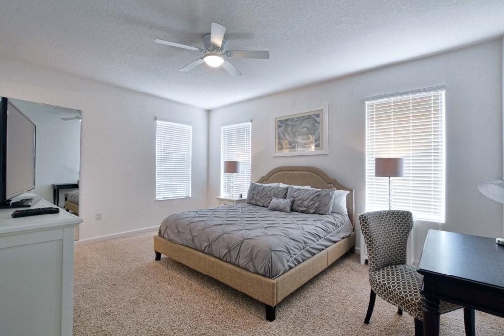 34-Bedroom.jpg
