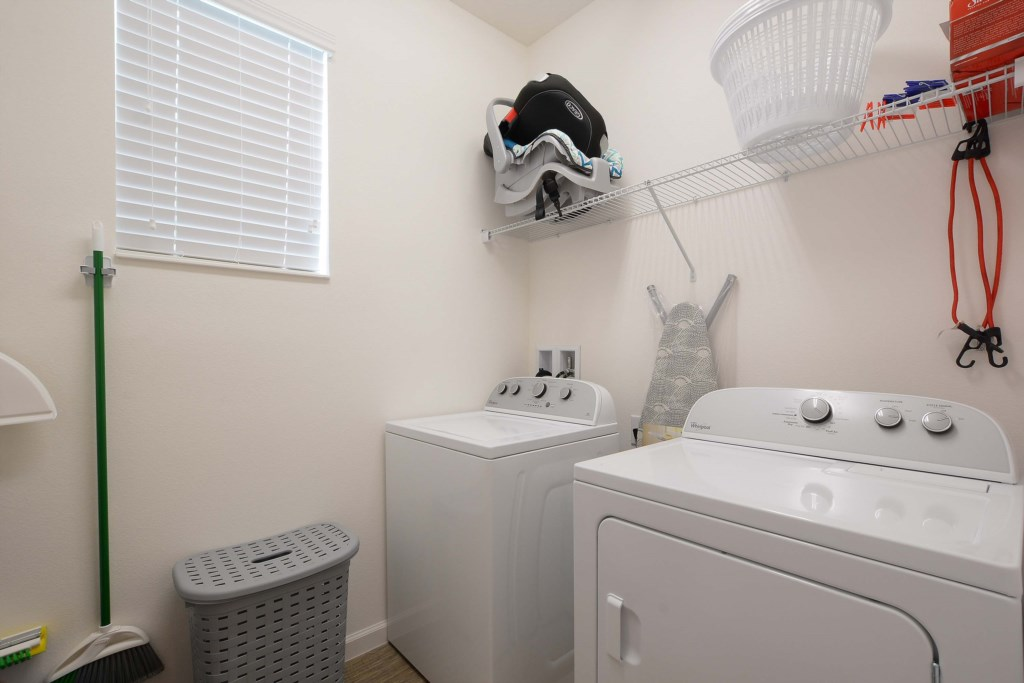 40-Laundry Room.jpg