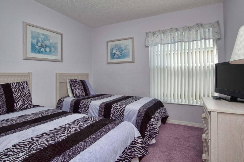 Bedroom 33.jpg