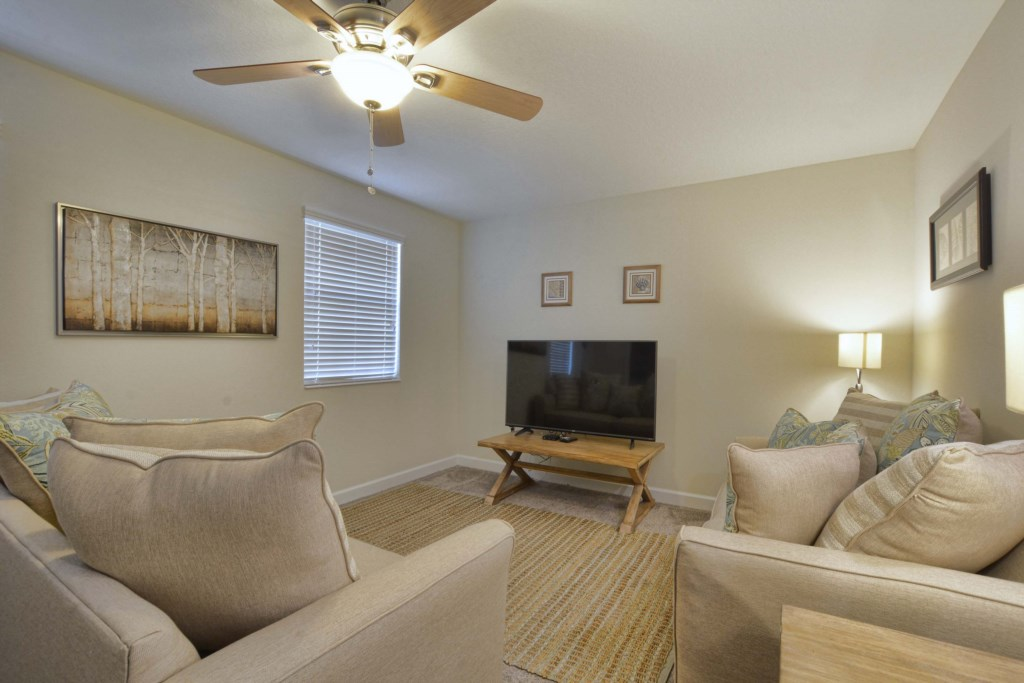18-Upstairs Family Room.jpg