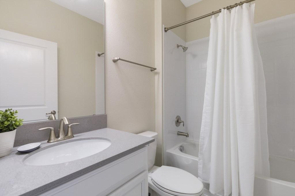 21_Bathroom_0721