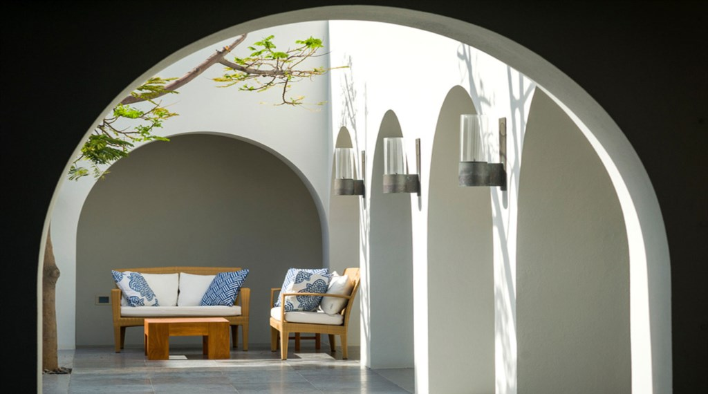 Casa-Oliver-Courtyard-2.jpg