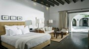 Casa-Oliver-Bedroom3.jpg