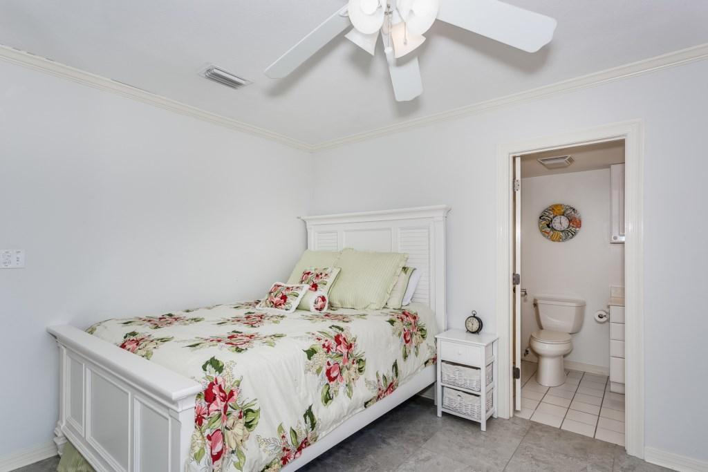 Second bedroom has ensuite bathroom