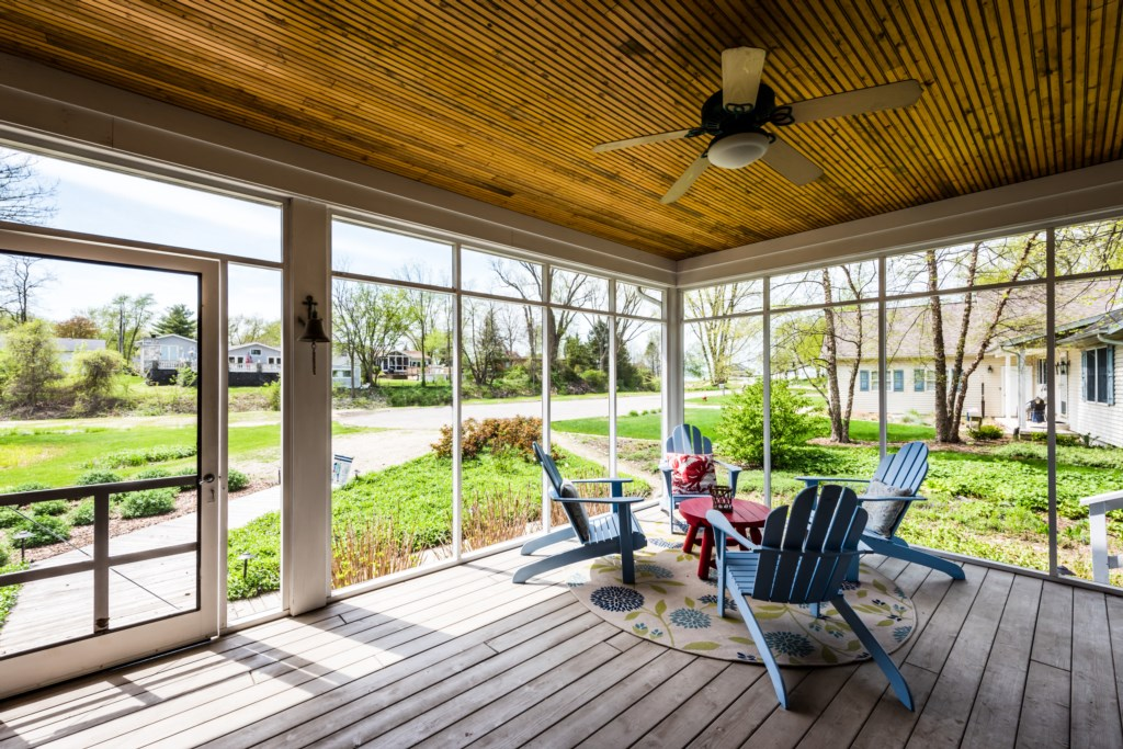 Screened in porch with lake views!