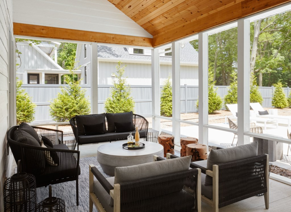 Beautiful Screened-In Porch