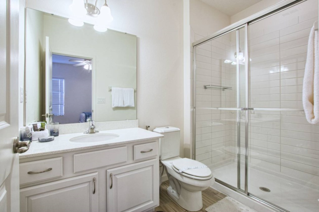 Bathroom(5).jpg