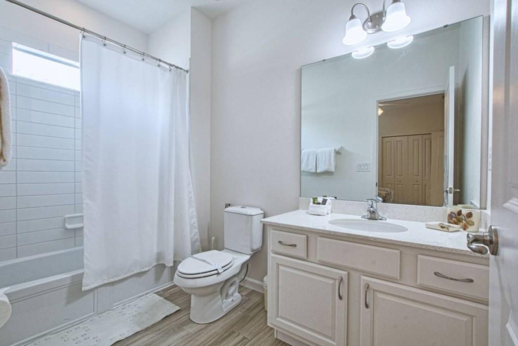 Bathroom(7).jpg
