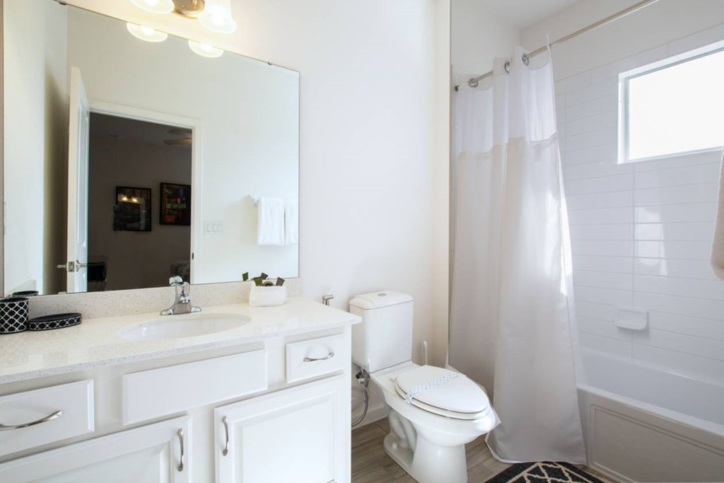 Bathroom(8).jpg