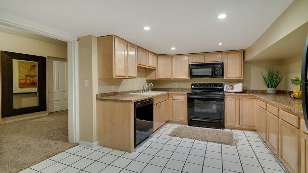 lower-kitchen-area.jpg