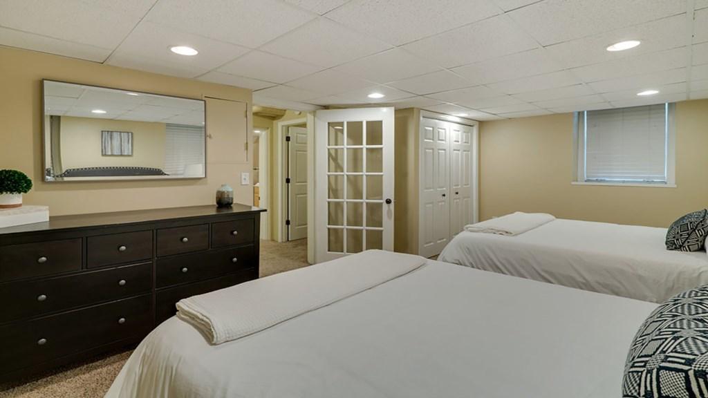 queen-beds.jpg