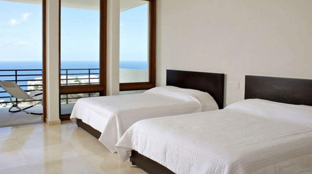 Ventana-Al-Cielo-Bedroom3.jpg