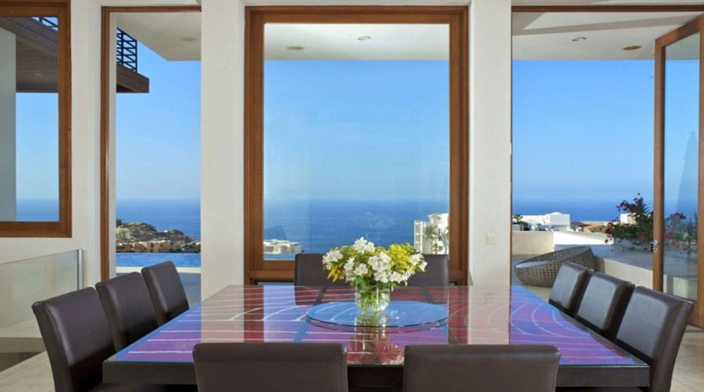Ventana-Al-Cielo-Indoor-Dining2.jpg