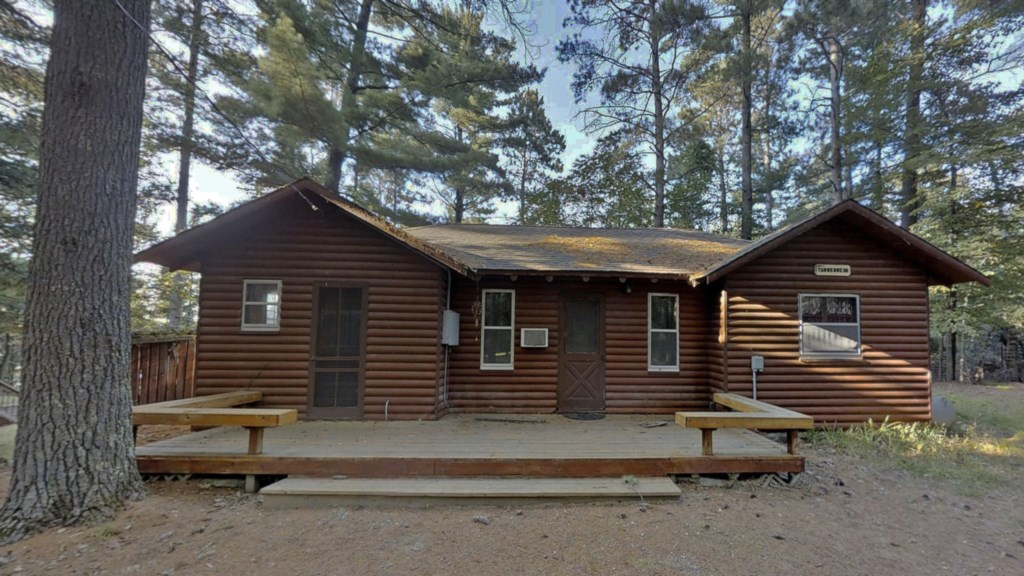 Rustic-cabin.jpg