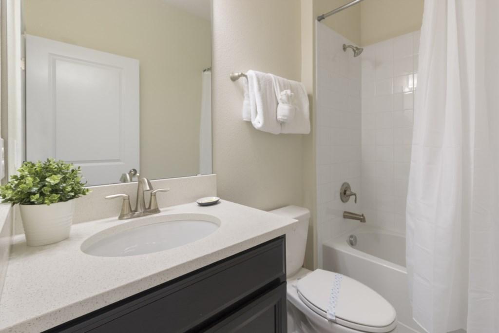 14_Bathroom_0721