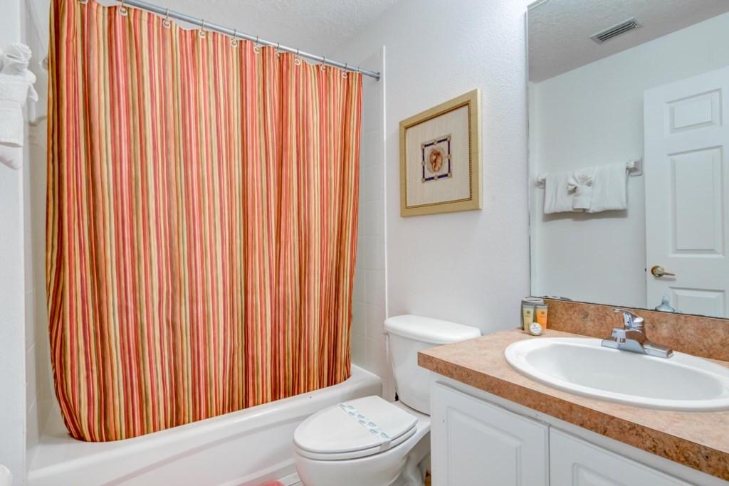 Tranquil Calabay Parc Villa - Bathroom 2
