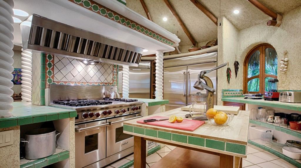 Casa-Las-Rocas-Kitchen