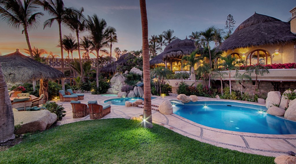 Casa-Las-Rocas-Pool-1