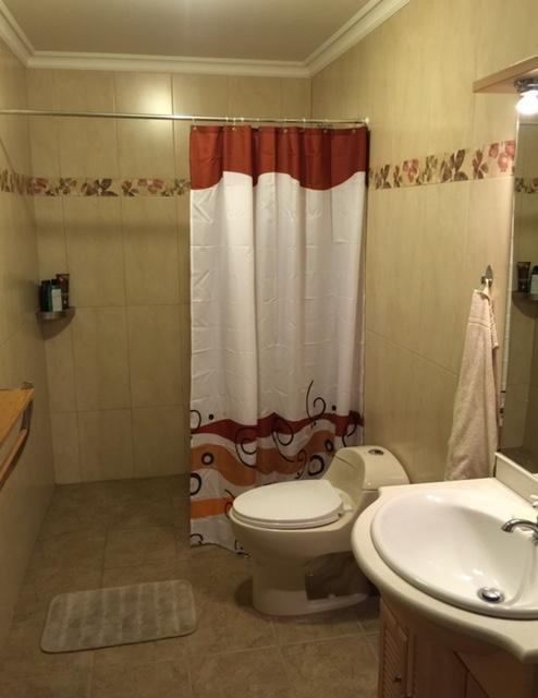 2ndBathroom