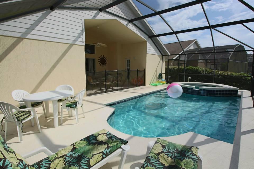 2559-pool2