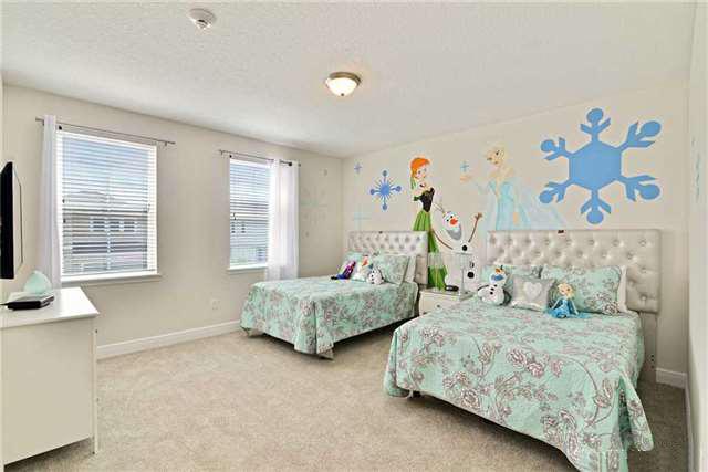 bedroom 4_1.jpg