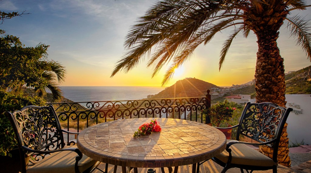 Villa-Maria-Outdoor-View-Table2.jpg