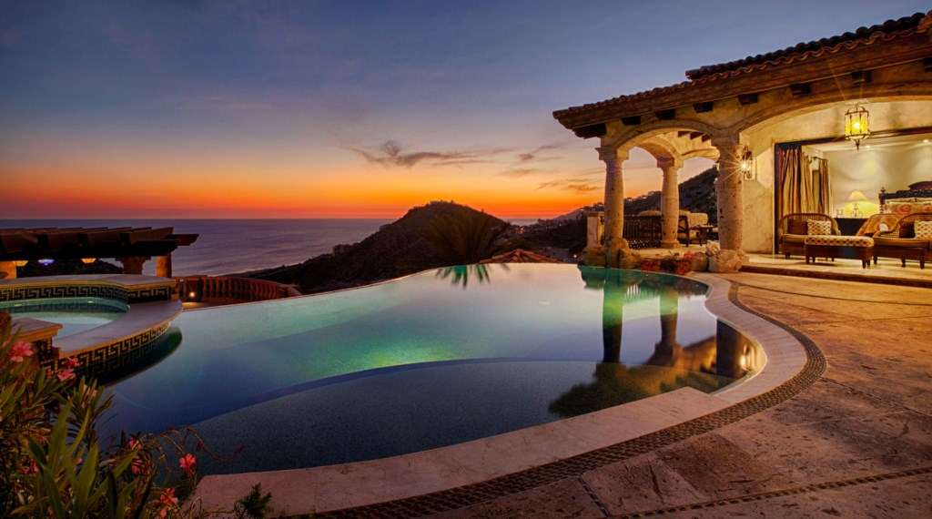 Villa-Maria-Pool-Sunset-View.jpg