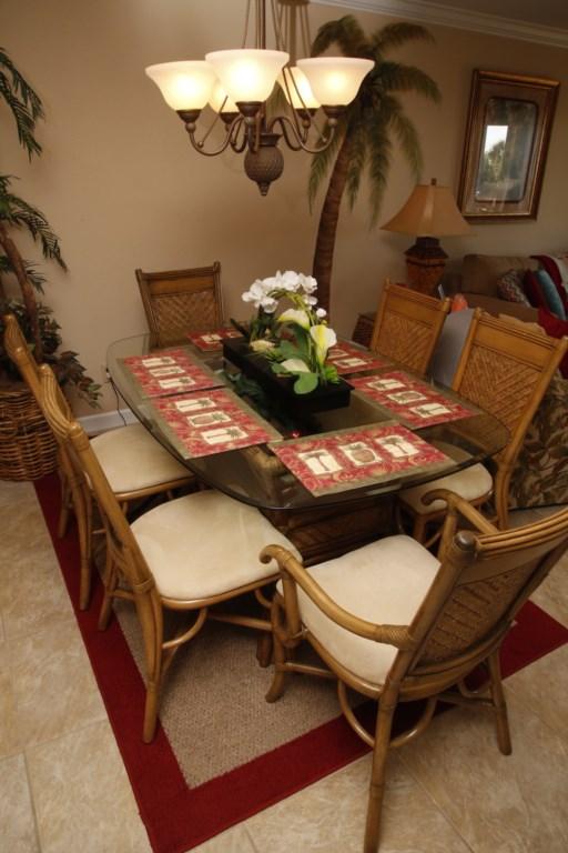 B21 Dinning Area.JPG