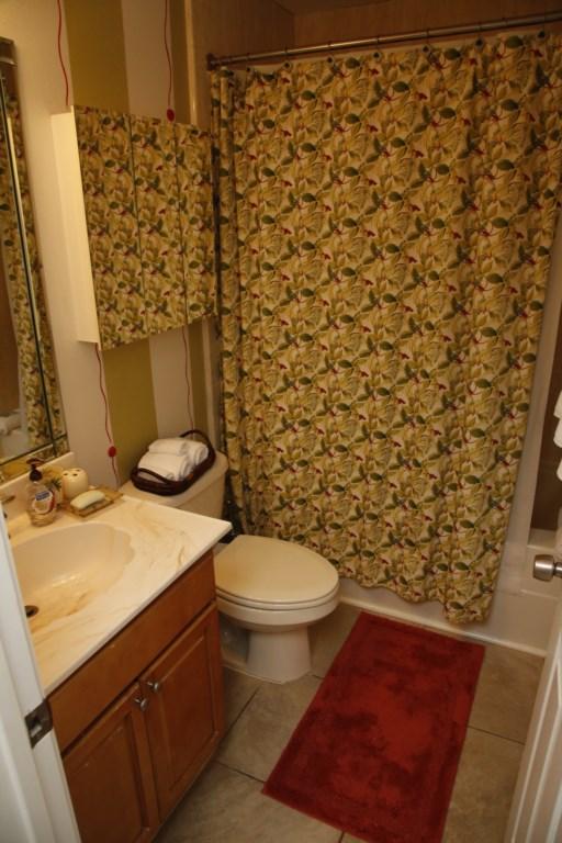 B21 Guest Bath.JPG