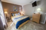 QueenBedroom-2