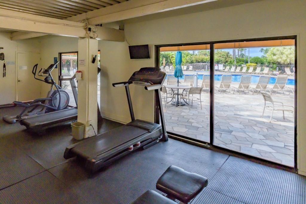 Kamaole Sands fitness room