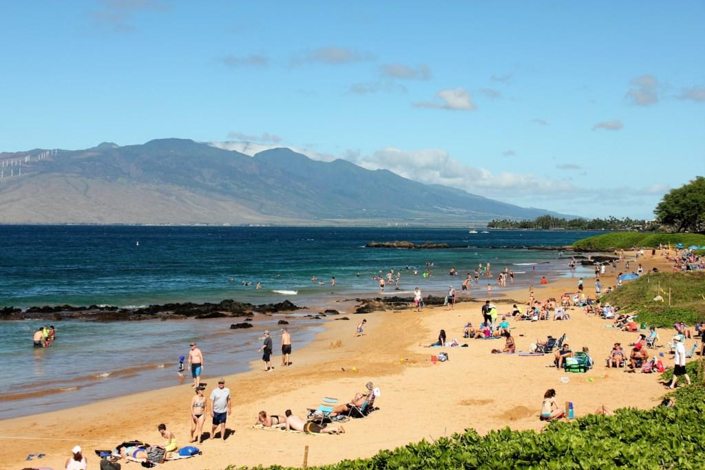 Kamaole Sand Beach sunny day