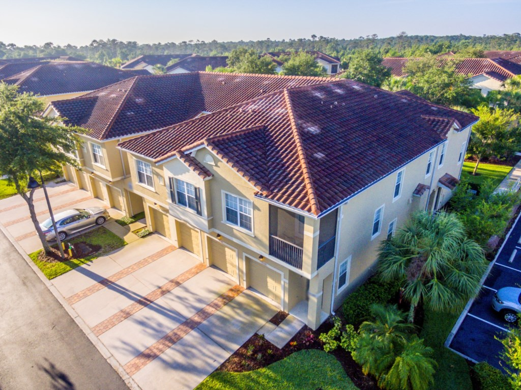 House 6 Drone.jpg