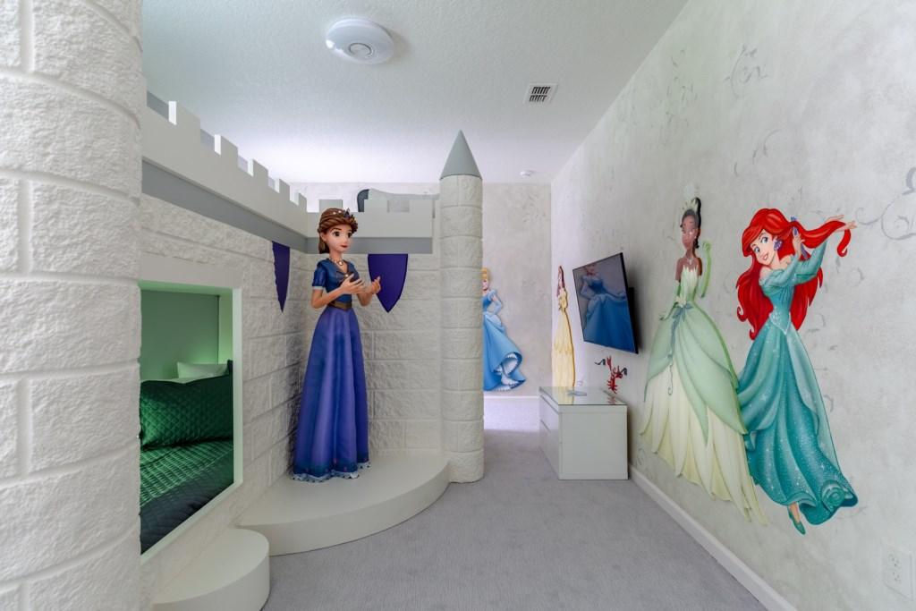8009 Princess room.jpg