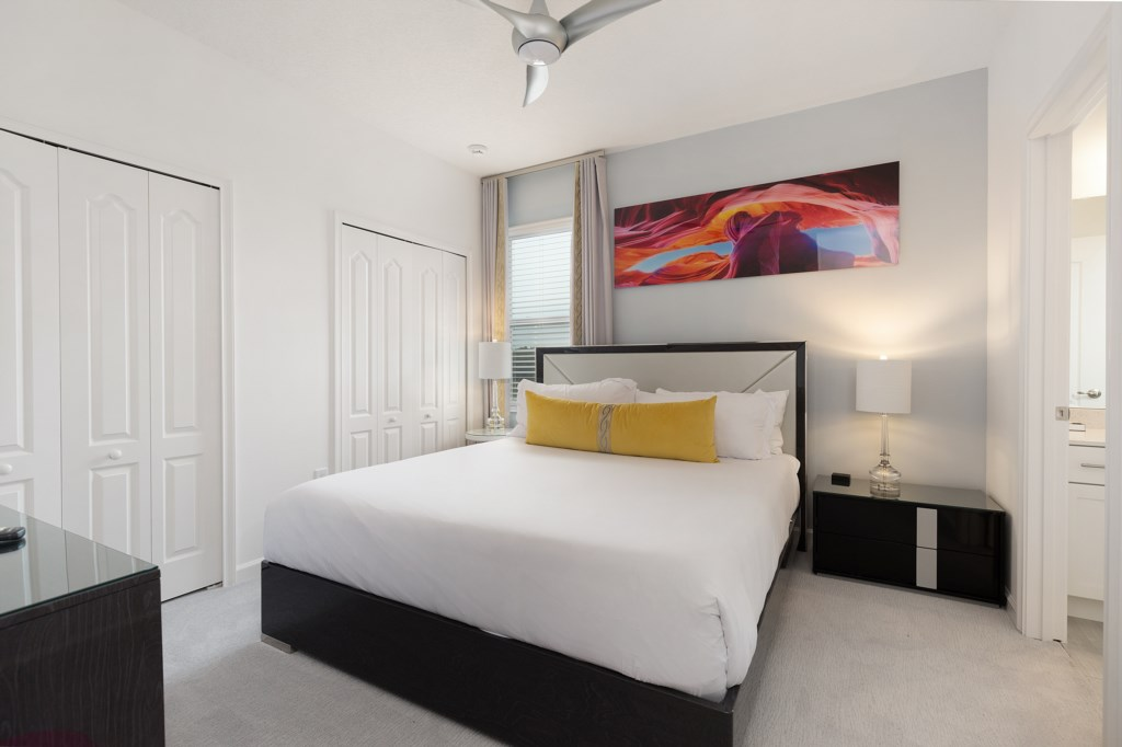 8009 bed 7.jpg