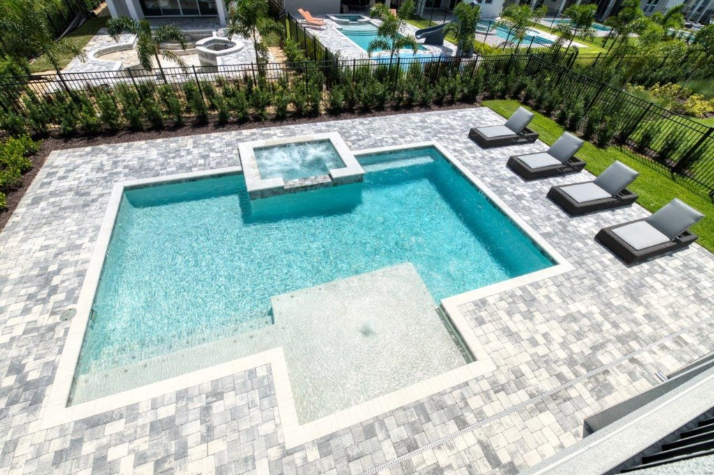 Pool-7.jpg