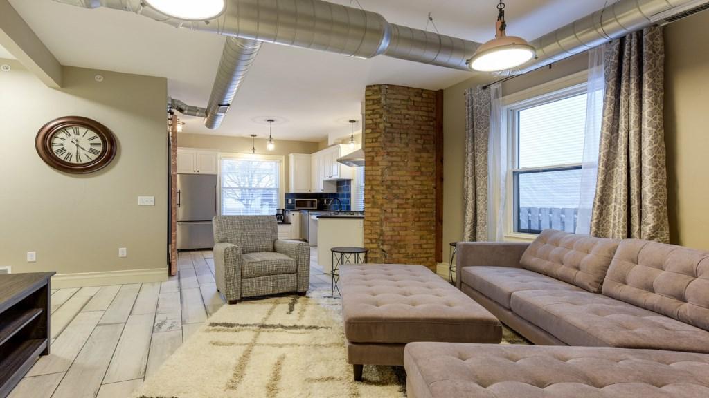 spacious-livingroom.jpg