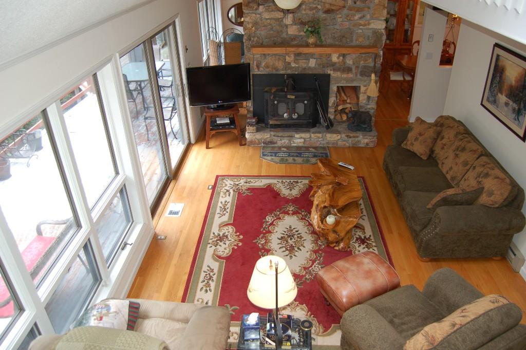 Livingroom overlook