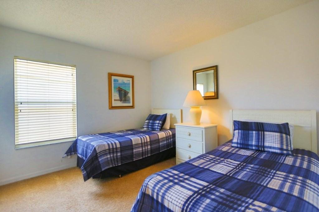 Bed 5 (002).jpg