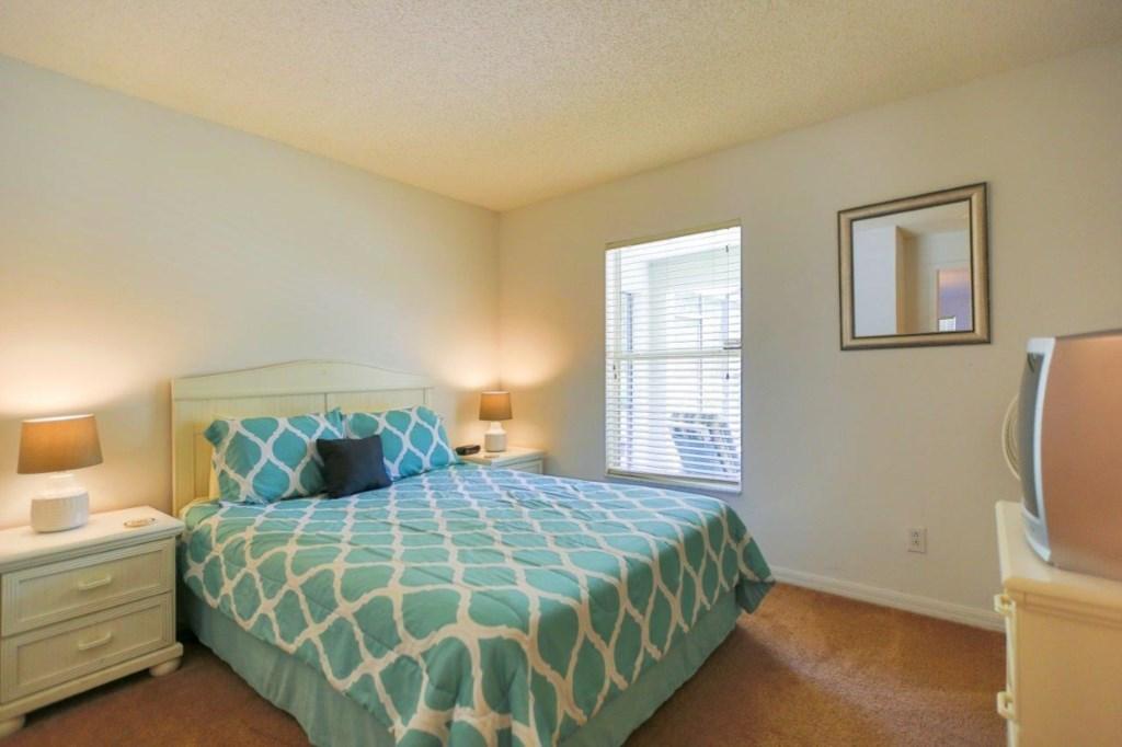 Bed 6 (002).jpg