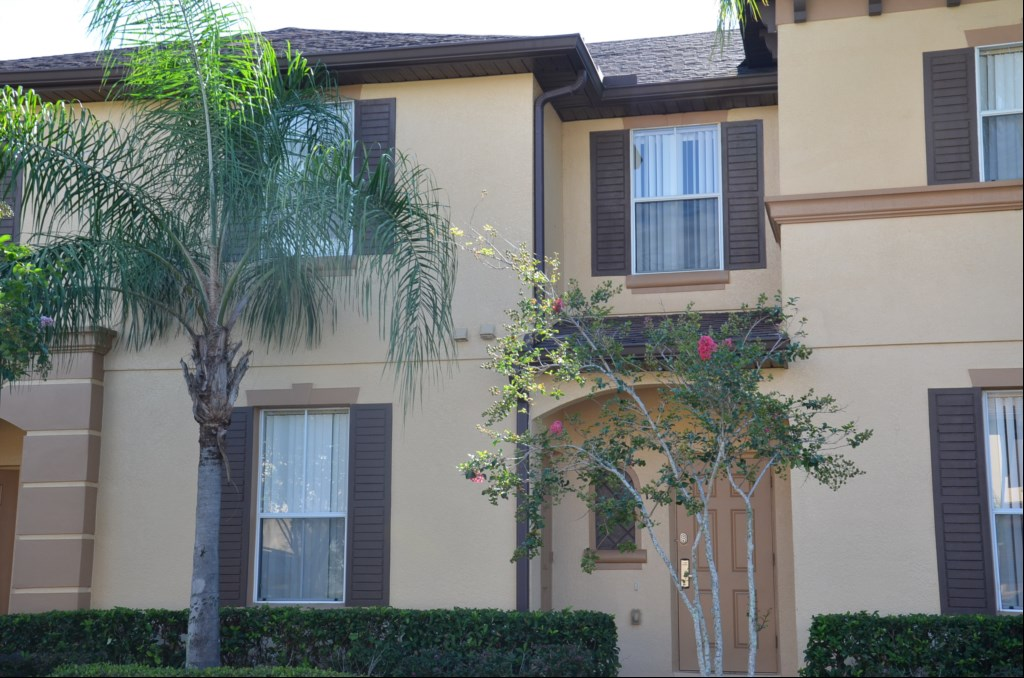 Regal Palms 3 Bedroom Town Home - NP233