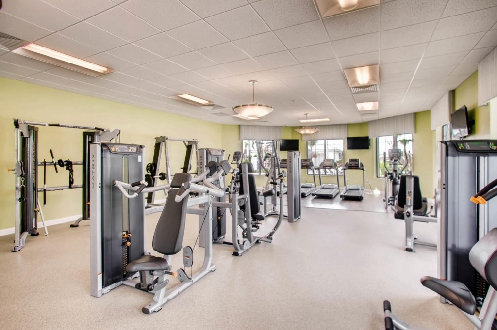 4785 kings castle circle-large-021-27-Clubhouse Gym-1500x998-72dpi.jpg