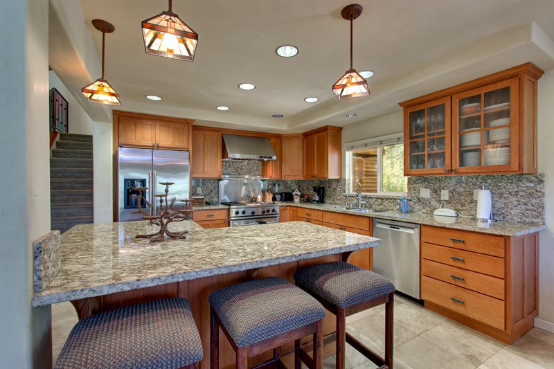 Kitchen with Bar Great for Entertaining