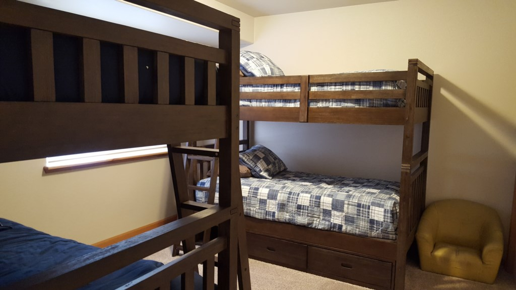 Bunk Bed to Accommodate Plenty of Guests