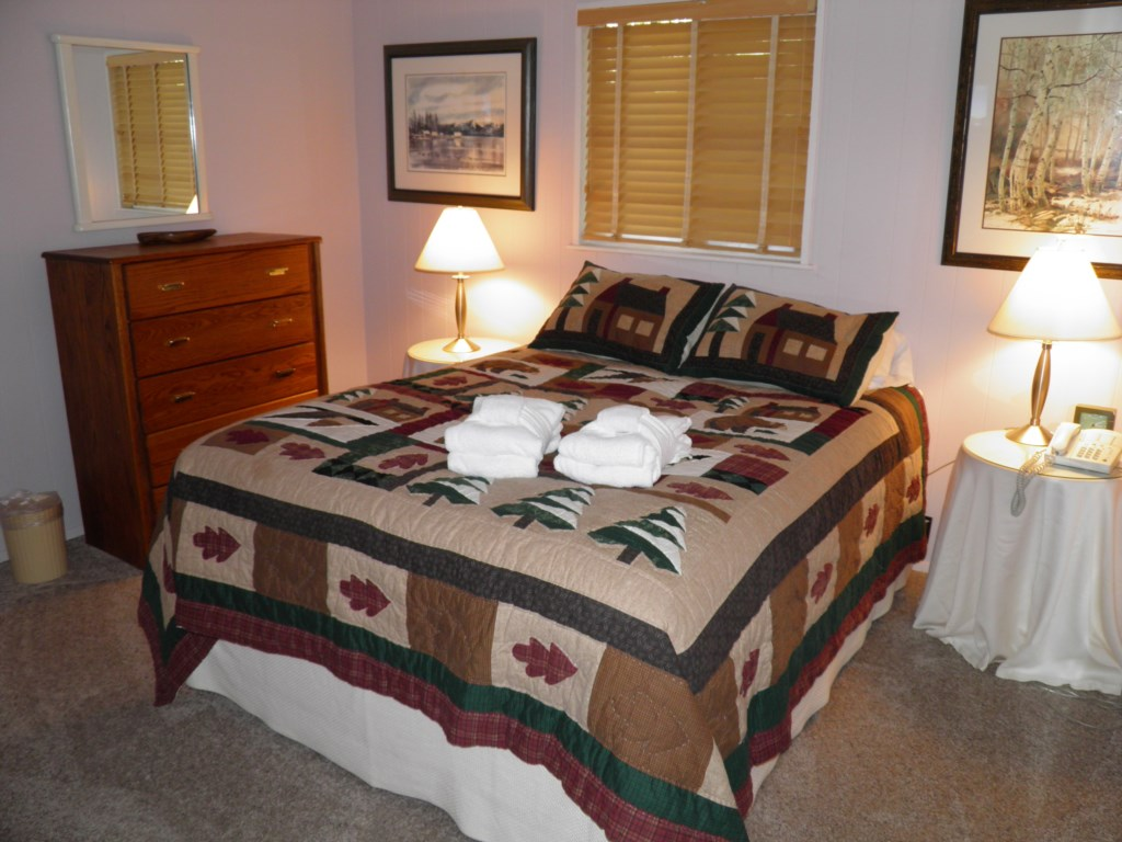 Authentic Cozy Cabin Beds