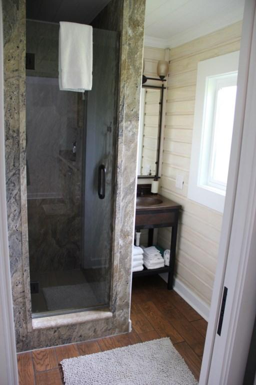 #4 6West bathroom 1.JPG