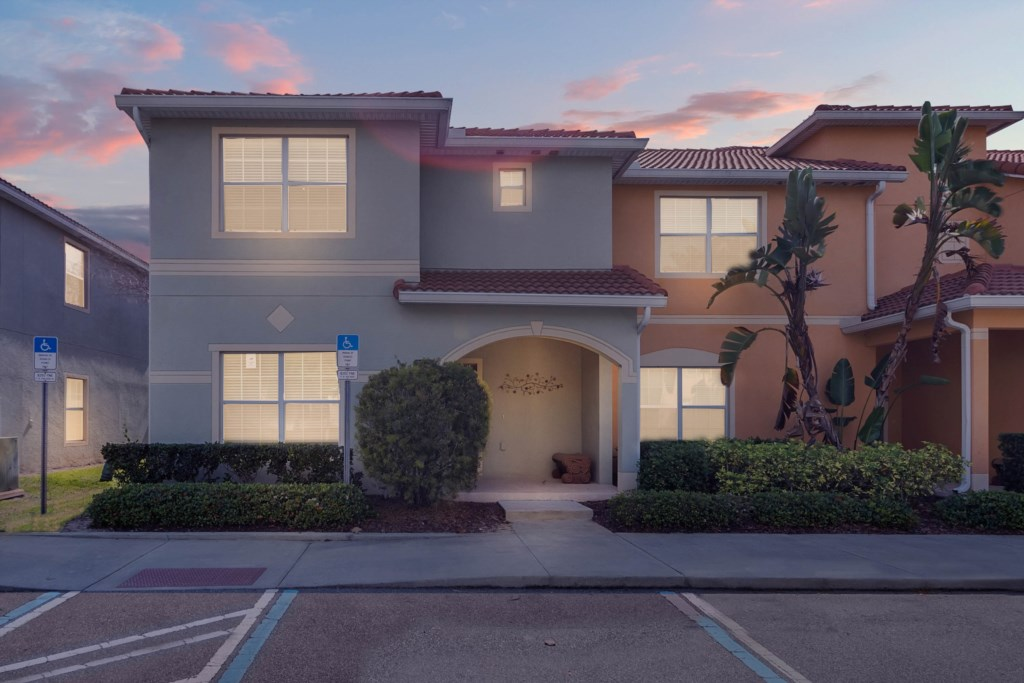 PARADISE PALMS 8976CP -5 BEDROOMS-4 BATH-12 GUESTS