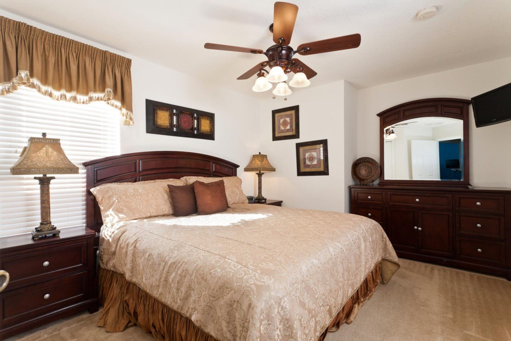 Inviting upstairs king suite 3 with 19-inch LCD TV/DVD combo