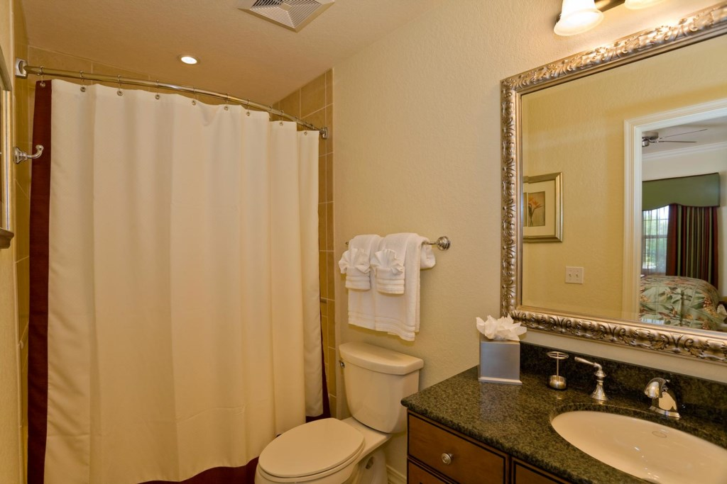 Suite 2 private bathroom with bathtub & shower